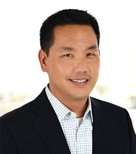 WebPT's Darian Hong Named 2017 Corporate Leader of the Year
